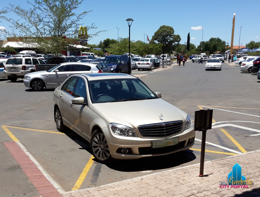 North Cape Mall. Monday, 30 December 2013 @ 12:22, this Mercedes, registration no CBD 189 NC parked on the bays reserved for persons with disabilities. Vehicle had no permit.