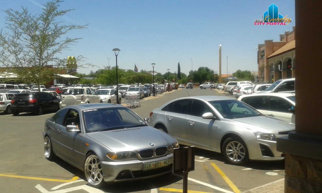 PT-20141207-Disabled_Parking_Thieves-North_Cape_Mall_Kimberley1
