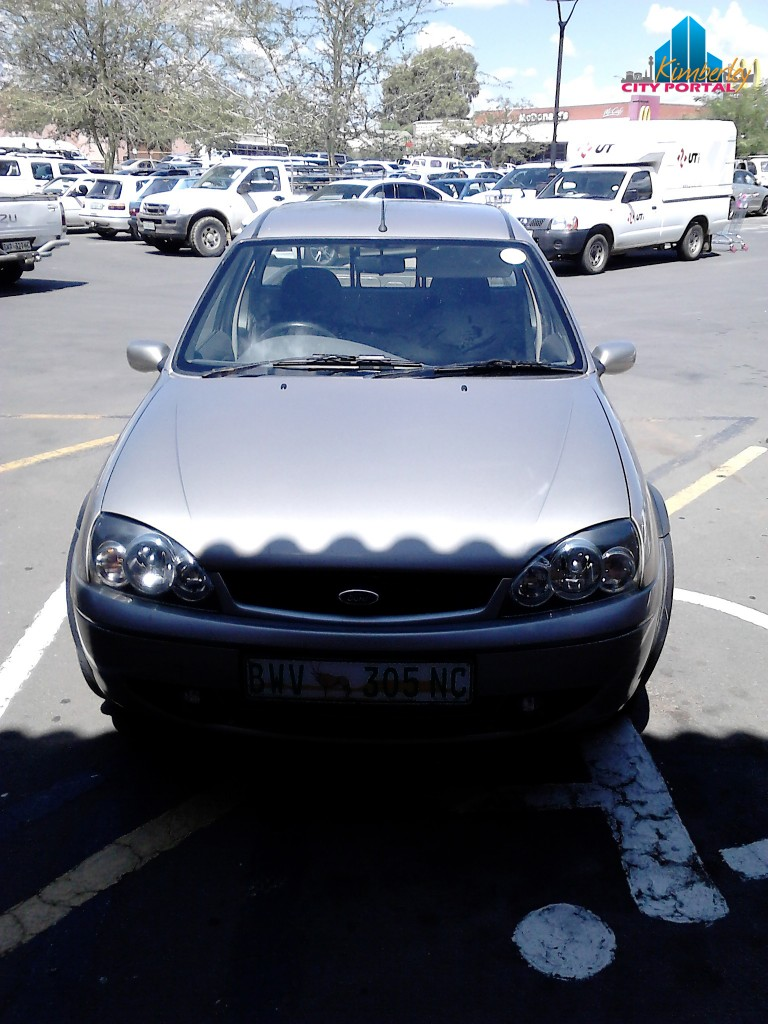 PT-20141209-Disabled_Parking_Thieves_North_Cape_Mall-14h00