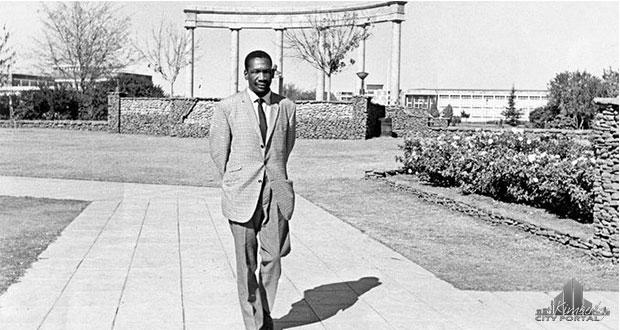 Robert Sobukewe walking in the Oppenheimer Gardens in Kimberley