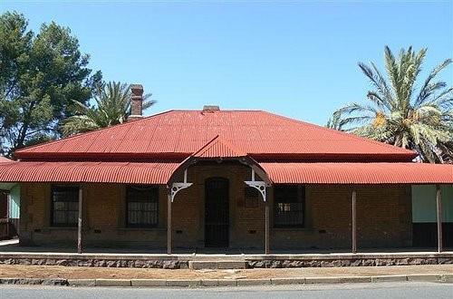 PT-De_Beers_Mine_Headquarters-1888