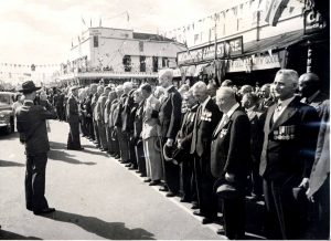 PT-Parade_on_Market_Square-1947
