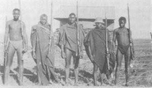 PT-Aramed_Men_at_two_different_Blockhouses-1902
