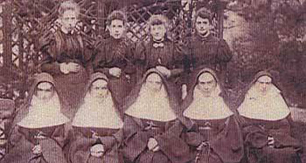 PT-Sisters_of_Mercy_Group-1897