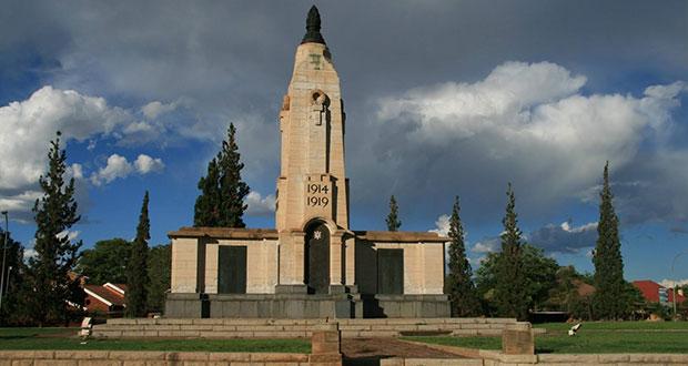 PT-Kimberleys_Cenotaph-1928
