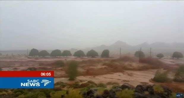HEAVY RAINS SEE THE ORANGE RIVER BURST ITS BANKS