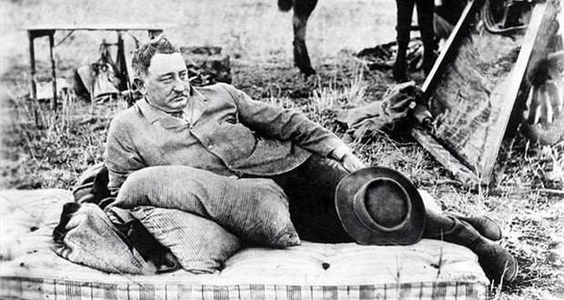 PT-Cecil_John_Rhodes-1902-After_Death