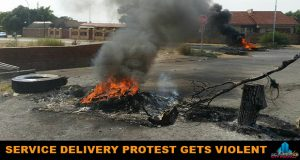 Service_Delivery_Protest_Gets_Violent-20170406