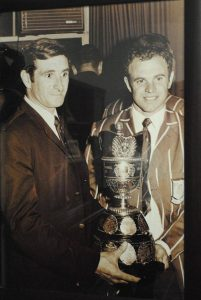 PT-Piet Uys_and_Mannetjies_Roux_ with_the_Currie_Cup-1970