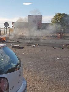 Traffic Disruption - Roads Barricaded in Galeshewe / Kirstenhof - 1