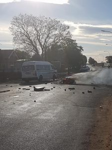 Traffic Disruption - Roads Barricaded in Galeshewe / Kirstenhof - 2