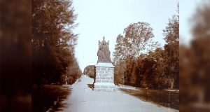PT-Queen_Victoria_Statue-1906-FI
