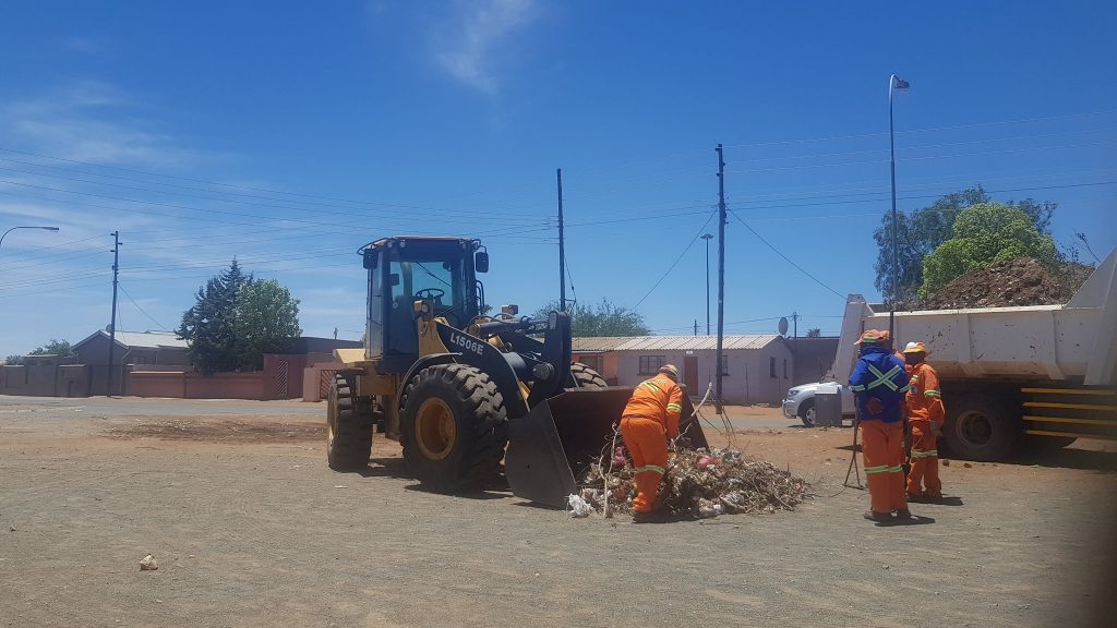 SOL PLAATJE TOWN CLEAN-UP
