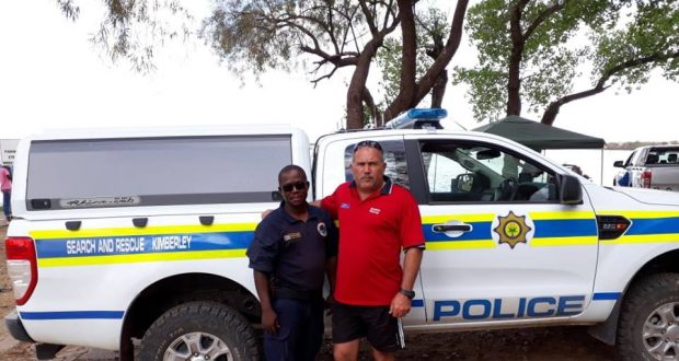 SAPS divers saves a man's life in Warrenton.- 2