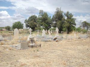 PT-Gladstone_Cemetery-2013